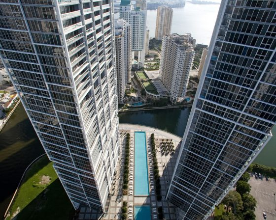 1-view-icon-brickell-tower-1